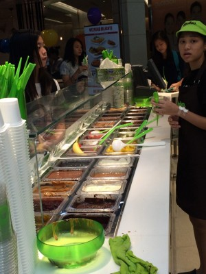 3) llao llao-Yogurt Condiments